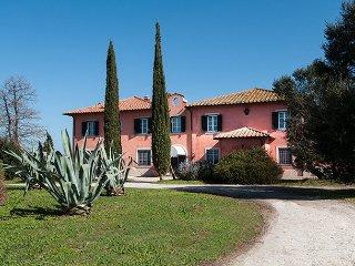 7 bedroom Villa in San Donato -Orbetello, Tuscany Coast, Tuscany, Italy : ref 2293233 - Bella Farnia vacation rentals