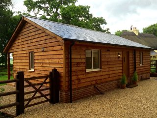 Perfect 1 bedroom Lodge in Winterslow - Winterslow vacation rentals