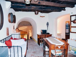1 bedroom Apartment with Satellite Or Cable TV in Sorano - Sorano vacation rentals