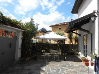 Nice 1 bedroom Omegna House with Internet Access - Omegna vacation rentals