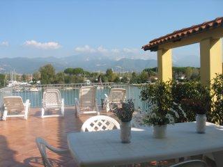 2 bedroom Condo with Internet Access in Bocca di Magra - Bocca di Magra vacation rentals