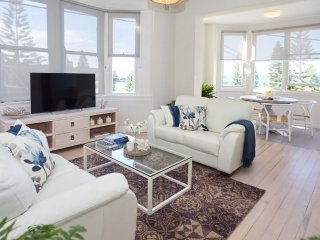 Bright 3 bedroom Villa in Coogee - Coogee vacation rentals