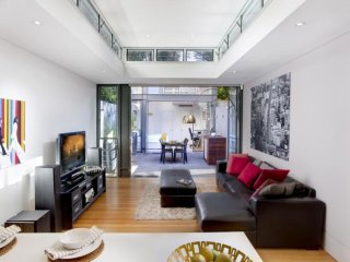 Entertain In Space - Woollahra vacation rentals