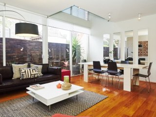 Designer Terrace Living - Woollahra vacation rentals