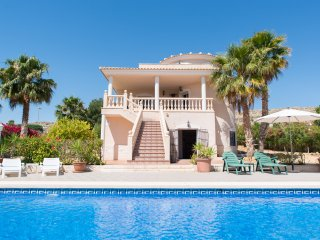 First Letting of Stunning 5 Bed Home with Private - Muchamiel vacation rentals