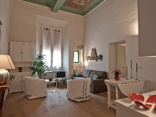 Marvellous 55sqmt in the heart of Bologna - Bologna vacation rentals