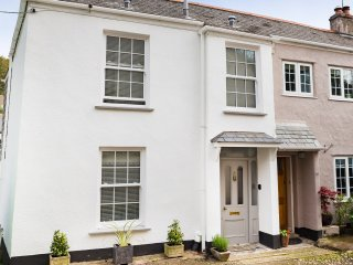 The Corner House, a 5 Star cottage near Falmouth - Flushing vacation rentals