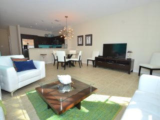 Lux 5 Star New Gated Twnhme Htd Pool+Steps 2 Beach - Pompano Beach vacation rentals