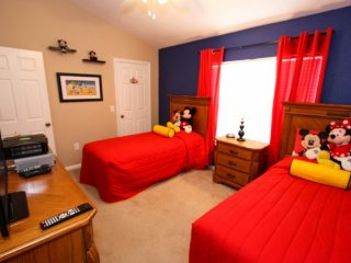 Freshly Refurbished Townhome with Pool - Kissimmee vacation rentals