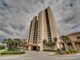 Beautiful Direct Oceanfront 2 Bedroom 2 Bath condo located at Brighton Tower, Kingston Plantation - Myrtle Beach vacation rentals