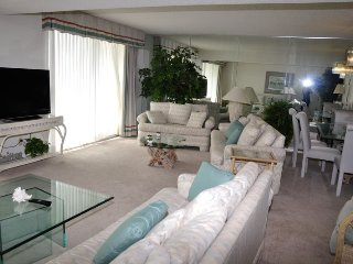 Stunning Oceanview 3 Bedroom South Hampton Condo with Terrace - Myrtle Beach vacation rentals