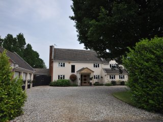 Contemporary private apartment, nr Silverstone - Whittlebury vacation rentals