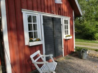 Ringsholm - cosy cottage just 6 km to Lake Åsnen - Växjö vacation rentals
