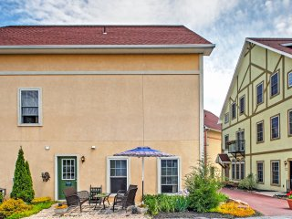 'Cornucopia Townhome' Lovely 3BR Reinholds Townhome w/Wifi, Detached Studio & Community Pool - Wonderful Lancaster County Location!  Near Stoudt's Brewery, Restaurants, Antique Shops & Amish Attractions! - Reinholds vacation rentals
