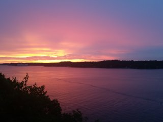 2Bed/2Bath With Unbelievable Sunset!!! - Lake Ozark vacation rentals