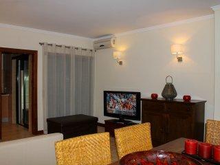 Salgados Village - Apartamento T1 - Estrada dos Salgados - Sesmarias vacation rentals