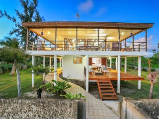 Magical Ocean front Villa 'Senang Masari' - Port Vila vacation rentals