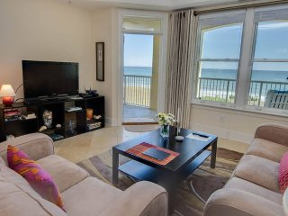 Beautiful 2 bedroom Indian Beach Apartment with Internet Access - Indian Beach vacation rentals