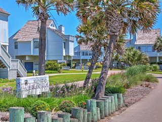 New Listing! Alluring 3BR Bald Head Island Villa w/Wifi, Multiple Decks & Gorgeous Ocean Views - Tranquil Cul-De-Sac Location Just Steps from the Beach! - Bald Head Island vacation rentals
