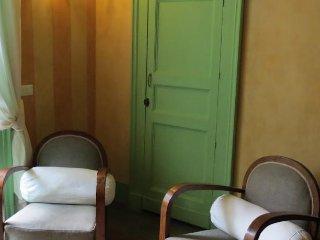CASA D'ARIA - APPARTAMENTO TERRE - Catania vacation rentals