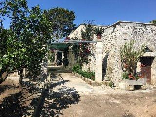 Casa vacanza in Campagna vicino Torre dell'Orso - Martano vacation rentals