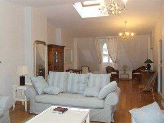 Location Appartement 2 pièces 40m² - Montigny-le-Bretonneux vacation rentals