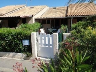 Nice Condo with Short Breaks Allowed and Long Term Rentals Allowed (over 1 Month) - La Franqui vacation rentals