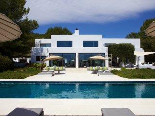Stunning 6 BR villa Ibiza - Can Rio villa - San Lorenzo vacation rentals