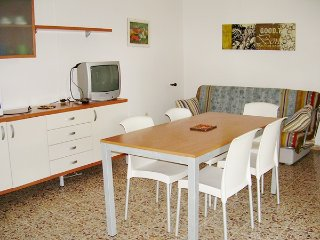 Villa Patrizia | 7 people | garden - Lignano Pineta vacation rentals