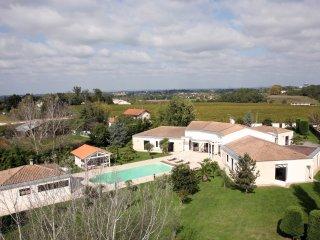 villa prestige - Yvrac vacation rentals