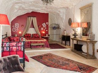 Magnifique suite et chambre troglodytes atypiques - Rochecorbon vacation rentals