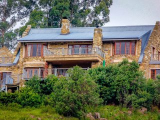 Amanzi Country Manor (Sleeps 8),1400ha trout &nature reserve,Nottingham Rd, KZN - Nottingham Road vacation rentals