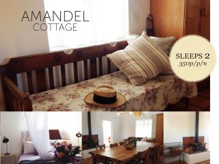 Amandel Cottage@HUIS- a Cape villagestay - McGregor vacation rentals