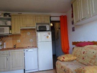 Cozy 1 bedroom Apartment in Sainte-Engrace with Television - Sainte-Engrace vacation rentals
