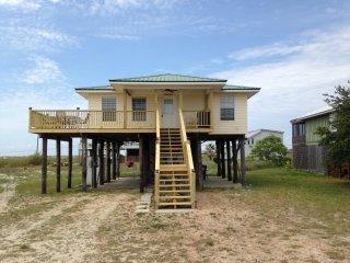 Beach, Bikes, Kayaks, - Tiki Hut - Dauphin Island vacation rentals