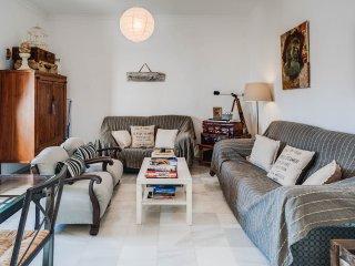 Perfect Condo with Internet Access and A/C - Jerez De La Frontera vacation rentals
