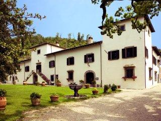 Villa Grassina Quadrilocale 1 - Pelago vacation rentals