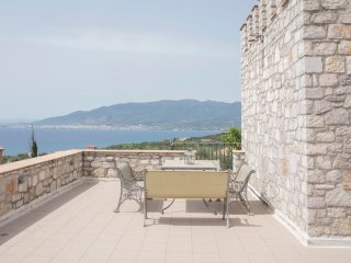 3 bedroom House with Patio in Mikri Mantineia - Mikri Mantineia vacation rentals