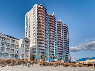 Oceanfront condo-full kitchen, garden tub, resort amenities, @ fishing pier - North Myrtle Beach vacation rentals