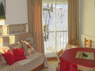 Nice Condo with Television and Microwave - Bareges vacation rentals