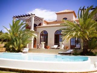 Luxury 5 Bed Villa in Sotogrande - Amazing Views! - Pueblo Nuevo de Guadiaro vacation rentals