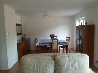 Spacious House with Three Bedrooms - Walton-On-Thames vacation rentals