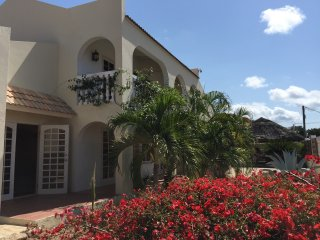 Aruba's Island Hotspot Villa near High Rise Hotels - Noord vacation rentals