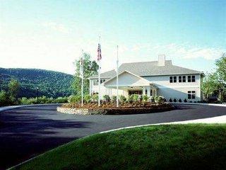 2br - 800sqft - Berkshires deluxe condo EIK/LR 2ba - Williamstown vacation rentals