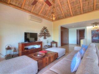 Punta Esmeralda Cañada 2 - La Cruz de Huanacaxtle vacation rentals