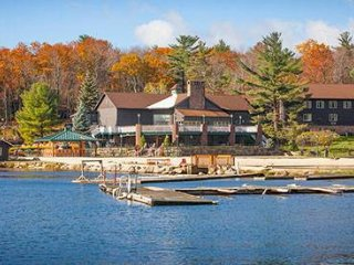Beautiful Split Rock Resort on Lake Harmony - Lake Harmony vacation rentals