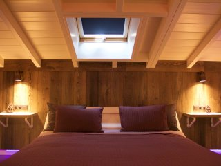 Casa Delux,  Beautiful Chalet Close To Antwerp - Lille vacation rentals