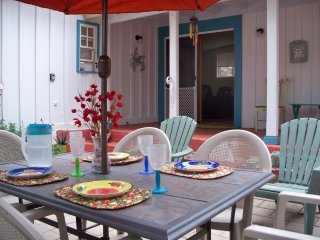Charming Cottage with Fully Fenced Courtyard - Bisbee vacation rentals