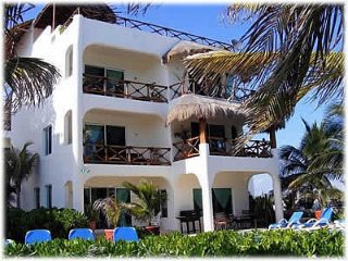 Oceanfront Family Fun with rooftop terrace & pool - Puerto Morelos vacation rentals