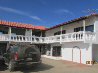 LAS GAVIOTAS 4 BED 3 BATH W/OCEAN VIEW - Ensenada vacation rentals